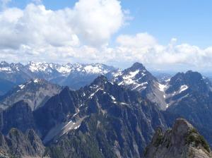 Monte Cristos behind Del Campo and Gothic