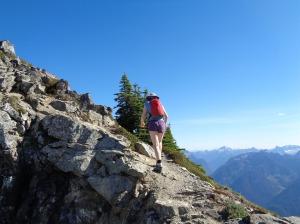 Lee along the ridge
