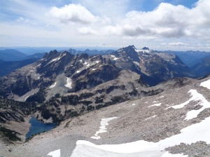 How good would these guys look in snow? So good. Bears Breast and Summit Chief over Lake Rowena